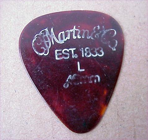 Original Vintage MARTIN Guitar Pickworn LogoLIGHTA Nice Addition To Any Pick Collection699